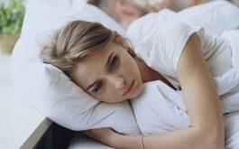 Lãnh cảm ở phụ nữ khiến chị em ngại đụng chạm và không có nhu cầu sinh lý