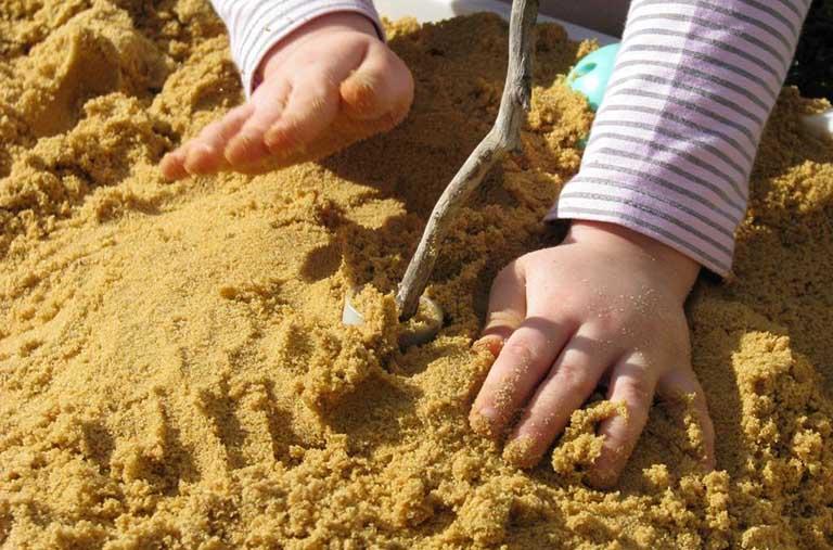 cách chữa bệnh nấm móng tay ở trẻ em