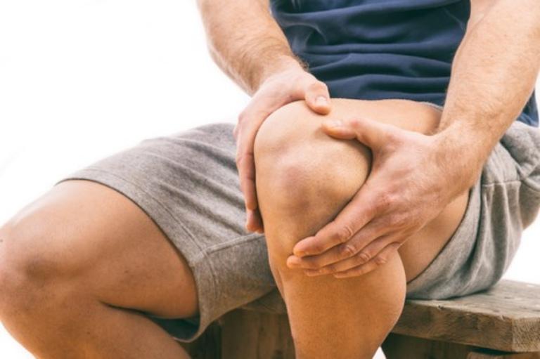 Gai khớp gối cũng có thể là hệ quả của việc khớp gối bị chấn thương