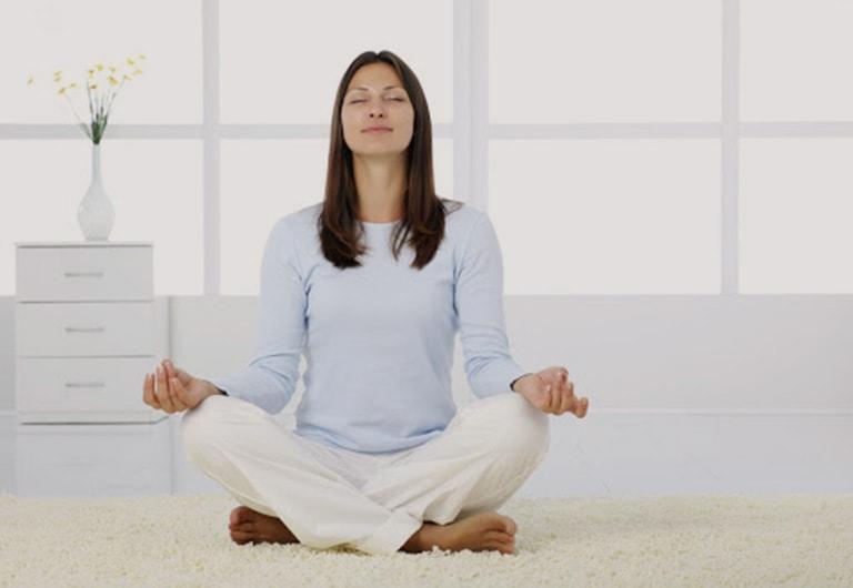 Tập yoga là cách đơn giản để tăng sức khỏe, ổn định hormone trong cơ thể