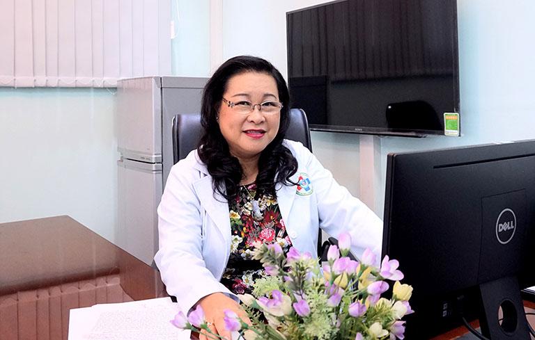 Thầy thuốc nhân dân Nguyễn Thị Ngọc Dung