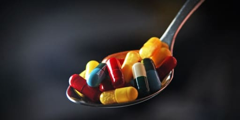 Thuốc giảm axit uric trong máu