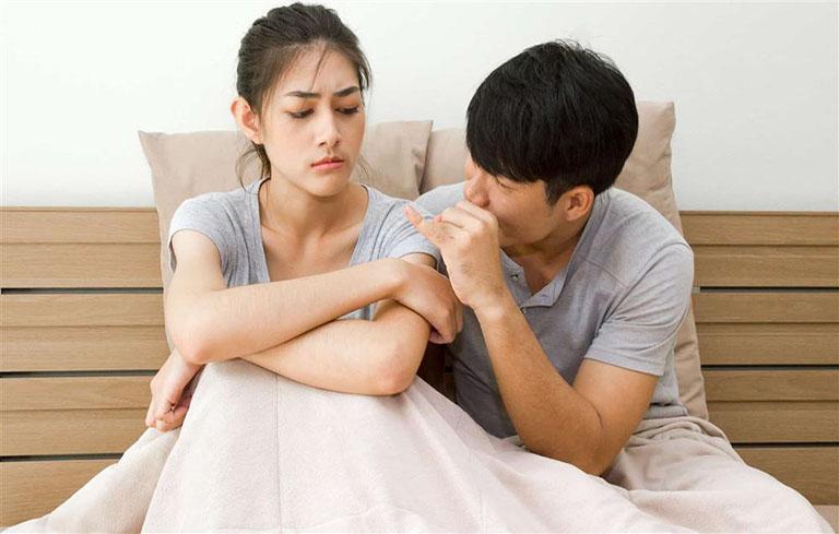 Nhiều phụ nữ có suy nghĩ lạc nội mạc tử cung chỉ xuất hiện ở những người đã lập gia đình