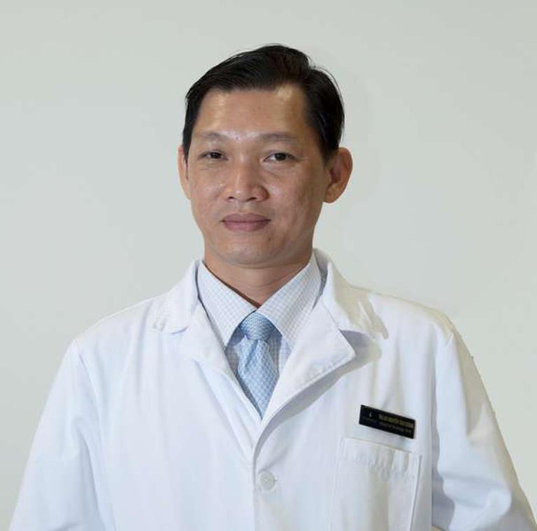 Bác sĩ Nguyễn Tân Cương
