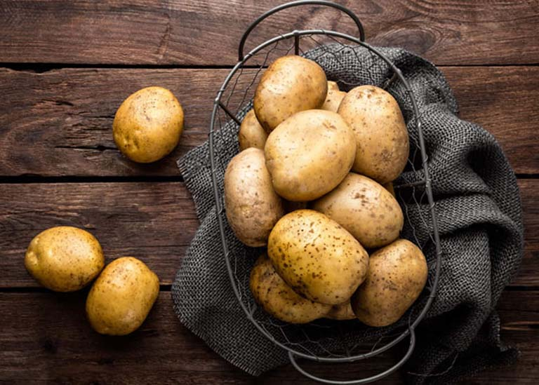 Bài thuốc dân gian trị tóc bạc sớm, giúp tóc khỏe mượt bằng khoai tây