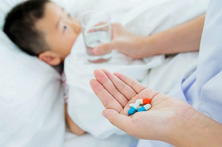 Điều trị viêm dạ dày ruột cấp ở trẻ em bằng thuốc