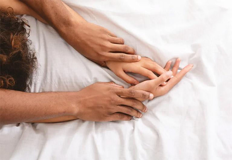 Đang bị viêm niệu đạo không nên quan hệ tình dục để phòng bệnh trở nặng và phòng lây nhiễm bệnh cho đối tác