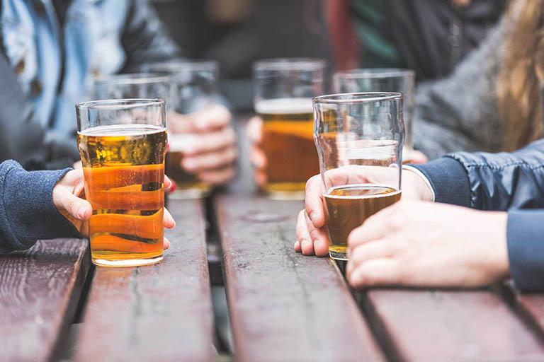 Rượu bia, thực phẩm và đồ uống chứa cồn