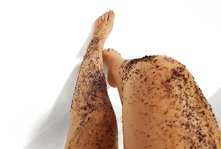 Tẩy tế bào da chết khoảng 2 - 3 lần/ tuần để giữ cho da luôn ở trạng thái sáng khỏe và đều màu