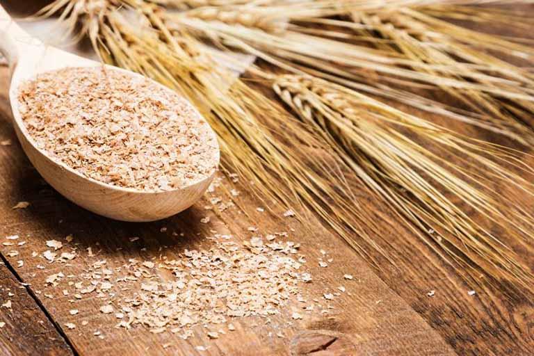 Bí kíp dùng cám gạo nguyên chất trị dày sừng nang lông