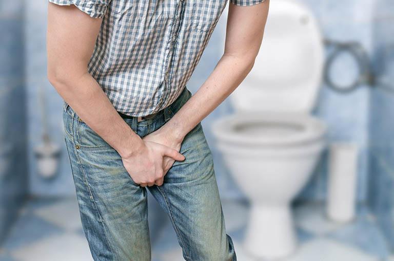 Thường xuyên nhịn tiểu khiến vi khuẩn tích tụ tại bàng quang và gây viêm