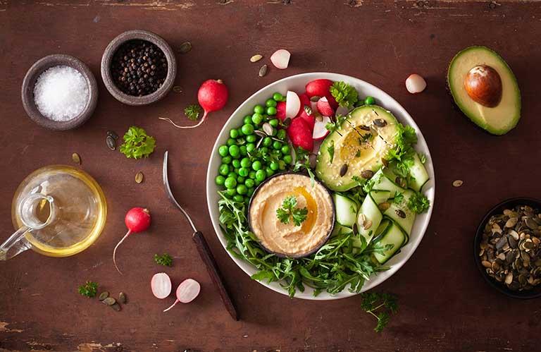 Duy trì chế độ ăn uống lành mạnh