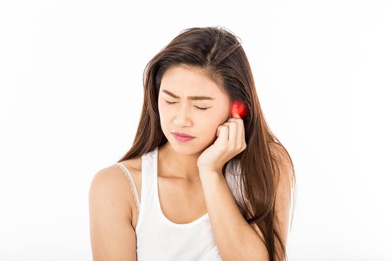 Bệnh viêm tai ngoài thể hiện cho tình trạng nhiễm trùng và viêm ngay tại lớp da mỏng ở khoang tai