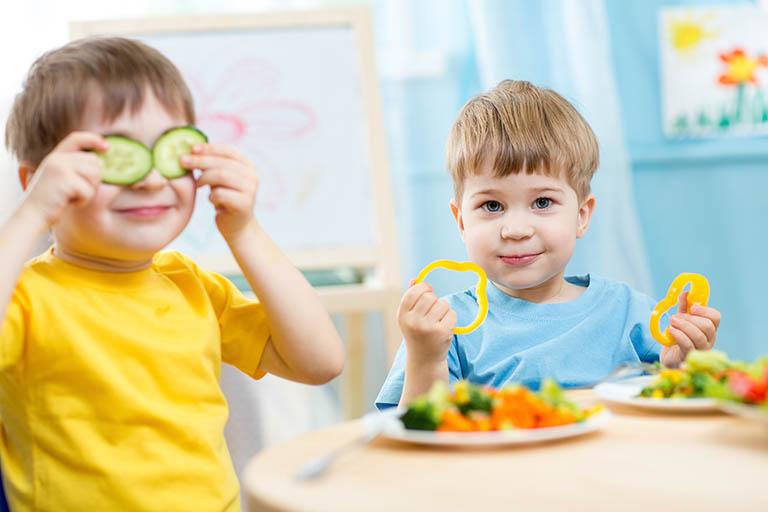 Ăn uống khoa học và bổ sung đầy đủ chất dinh dưỡng