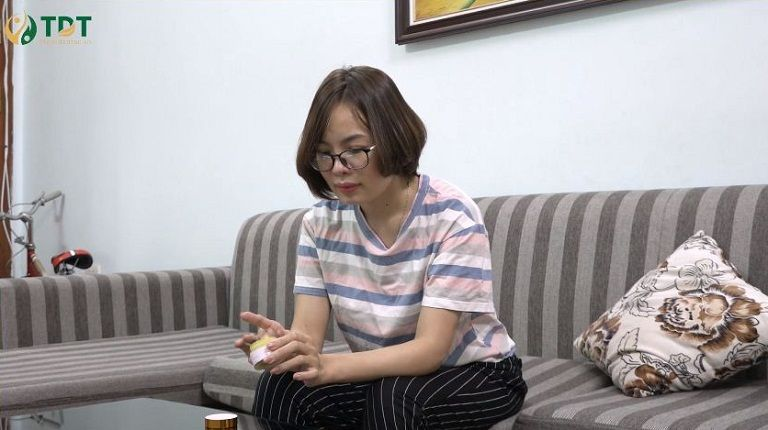 Chị Nguyễn Thị Thỏa suốt 7 năm khổ sở vì viêm da cơ địa