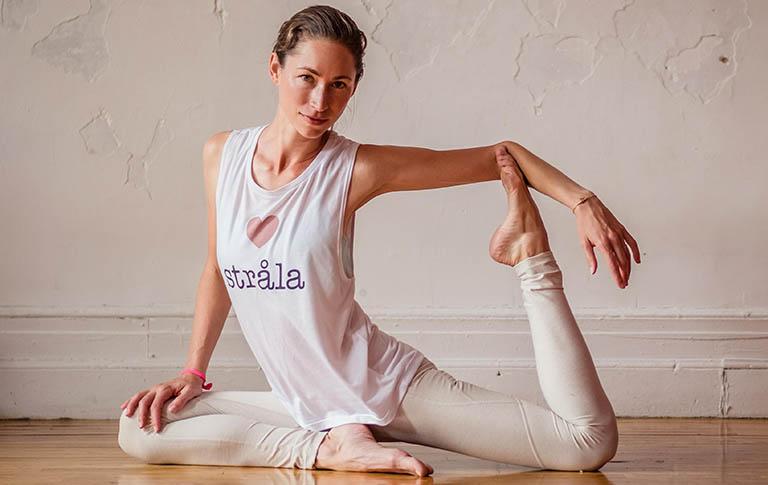 Bị u xơ tử cung có nên tập yoga? Tập lợi hay hại?