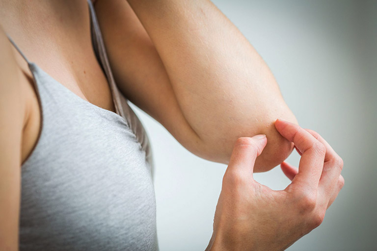 Tiêm ngừa ung thư cổ tử cung có thể gây ra tác dụng phụ nhưng chúng nhanh chóng tiêu biến sau một vài giờ đồng hồ