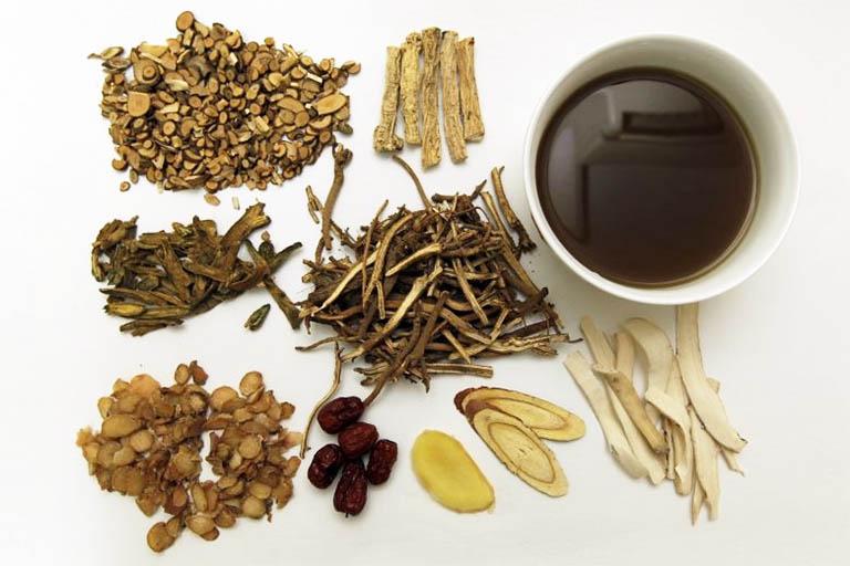 Bài thuốc Đông y có tác dụng tán hàn, hóa ứ, chỉ thống và hỗ trợ làm giảm chứng đau thắt vùng bụng dưới