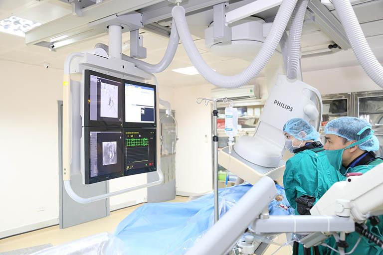 Sử dụng nút mạch điều trị u xơ tử cung
