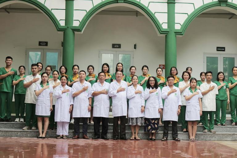 Đội ngũ y bác sĩ giỏi chuyên môn, giàu kinh nghiệm