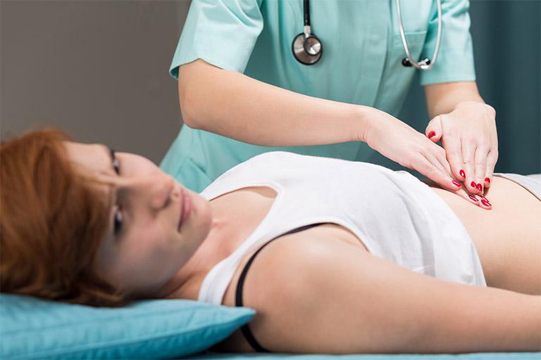 Mổ u xơ tử cung có đau không, có nguy hiểm không là thắc mắc của không ít bệnh nhân đang đi tìm câu trả lời