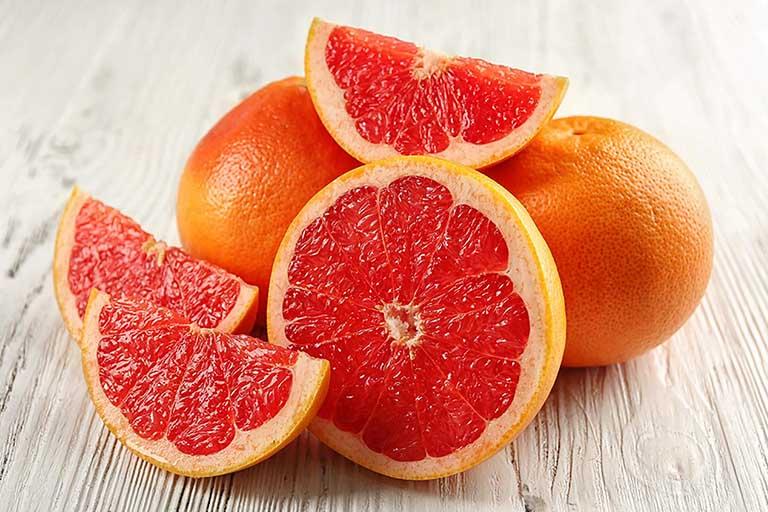Hàm lượng vitamin C trong quả cam có tác dụng cải thiện hệ miễn dịch, chống lại một số tác nhân gây hại