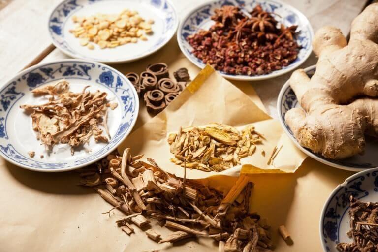Không tự ý sử dụng đông trùng với các loại thảo dược khác làm mất đi dược tính và phản tác dụng