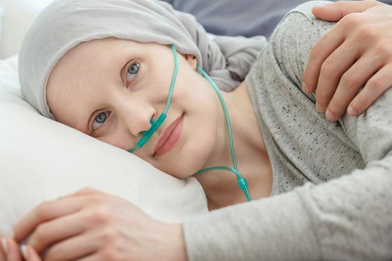 Có thể dùng thiết bị trợ thở cho người bệnh ung thư cổ tử cung khi gặp triệu chứng khó thở