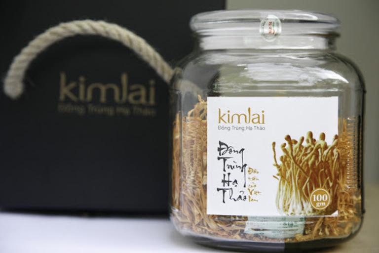Đông trùng hạ thảo Kim Lai được đóng gói sang trọng