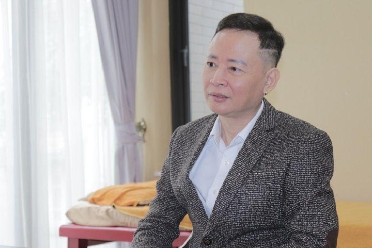 Nghệ sĩ Tùng Dương kể về những rắc rối mà bệnh yếu sinh lý đã gây ra cho mình