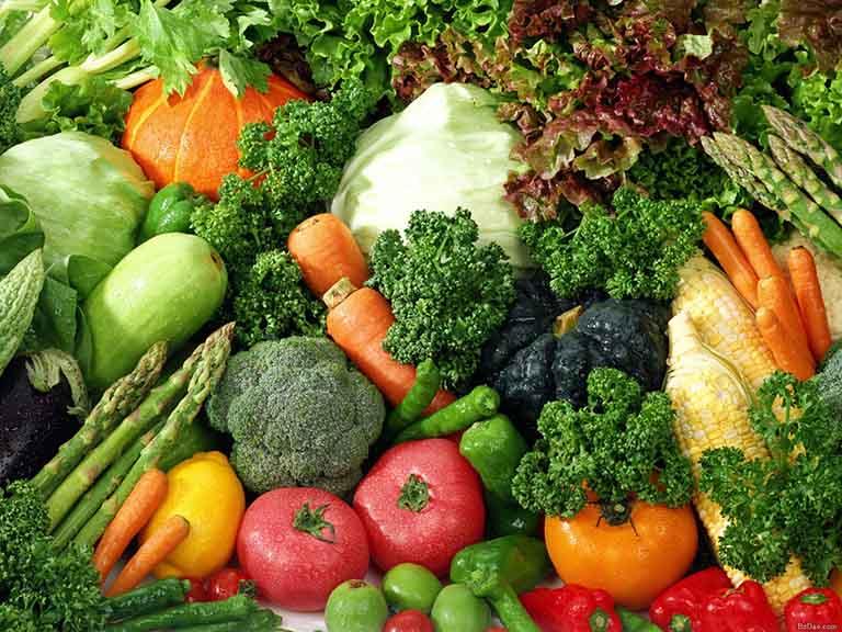 Rau xanh, củ quả là nhóm thực phẩm không thể thiếu trong mỗi bữa ăn hằng ngày