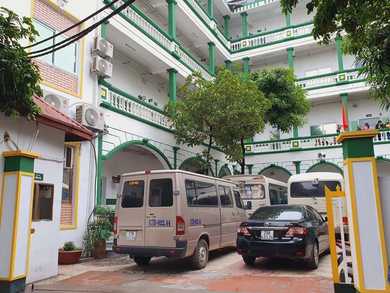 Bệnh viện rất khang trang, khuôn viên rộng rãi