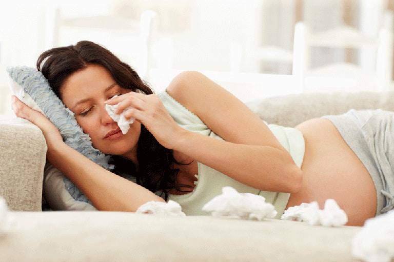 Phụ nữ có thai bị viêm mũi dị ứng