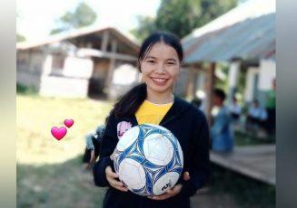 Chân dung cô giáo trẻ Trà Thị Ngọc với nụ cười rạng rỡ