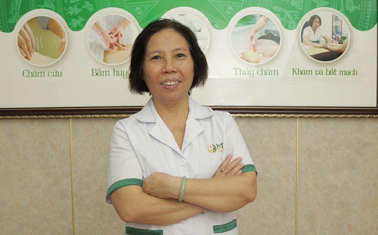 Chân dung bác sĩ Doãn Hồng Phương